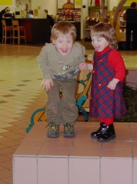 GoofySIbs At the Mall